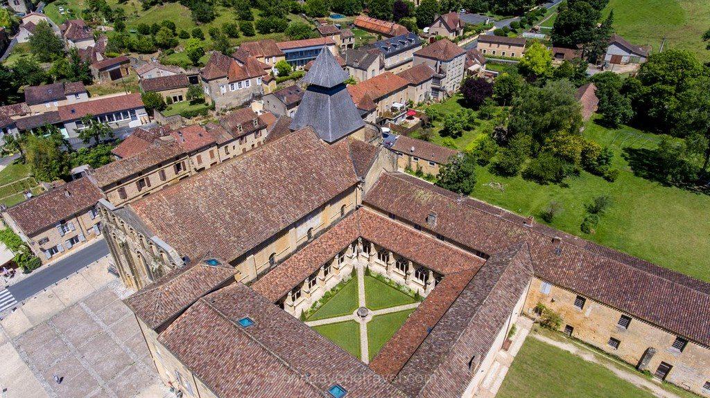 Cloître de Cadouin Dordogne