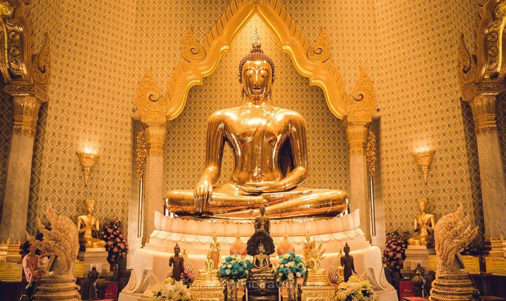 Bangkok Chinatown golden bouddha