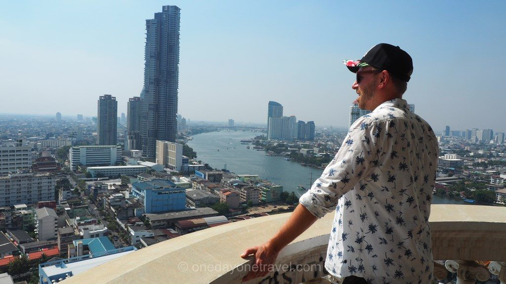 Bangkok Ghost Tower balcon Richard