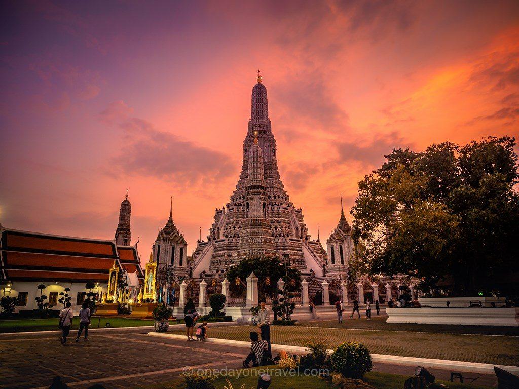 Bangkok Wat Arun coucher de soleil sunset