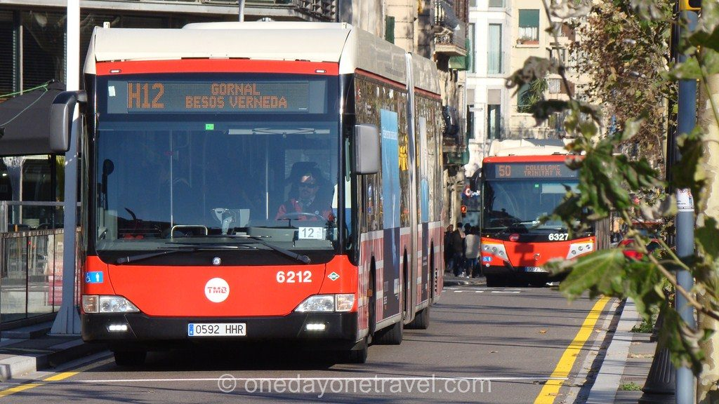 Barcelone se déplacer transports bus car