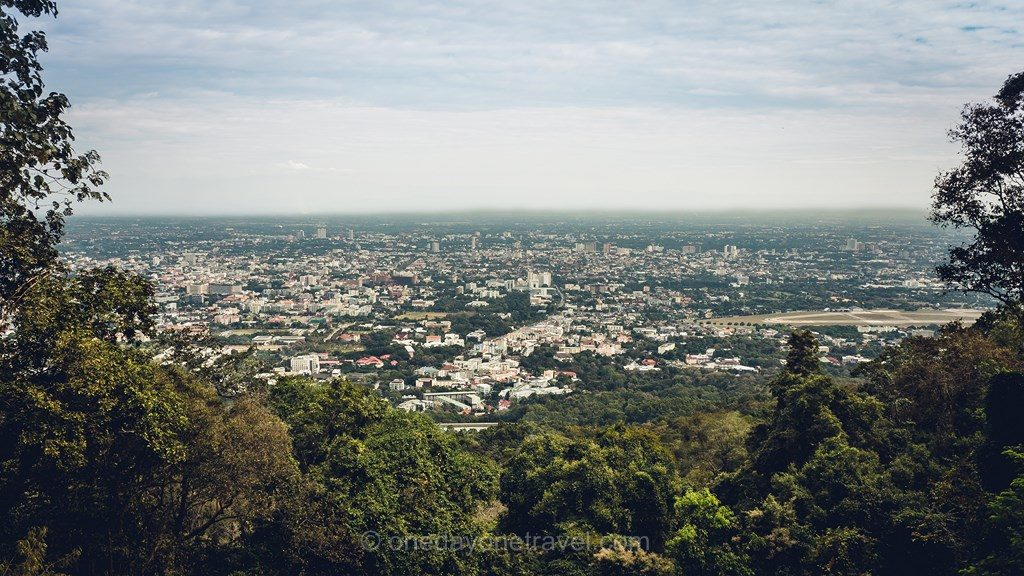 Chiang Mai vue depuis montagne Doi Suthep