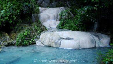 Photo of Les cascades d'Erawan près de Kanchanaburi en Thaïlande