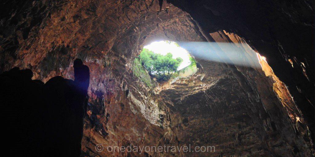 Les Pouilles grotte castellana