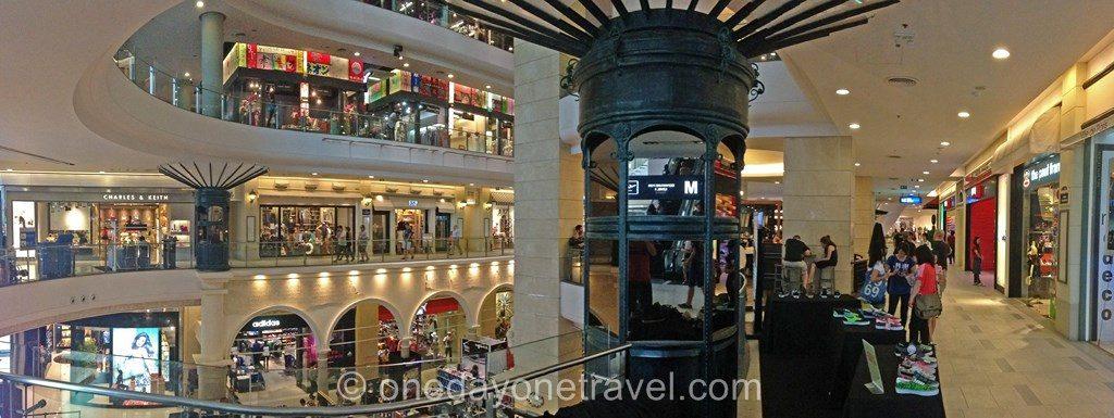 Terminal 21 boutiques shopping Bangkok