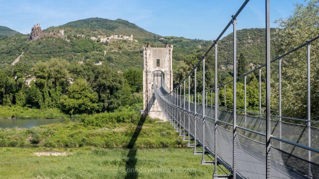 ViaRhona pont suspendu cyclotourisme