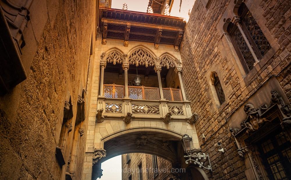 Visiter Barcelone pour la première fois quartier gothique