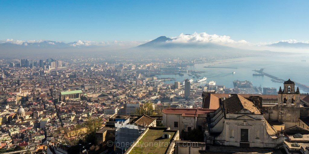 Vue panoramique Naples Vésuve