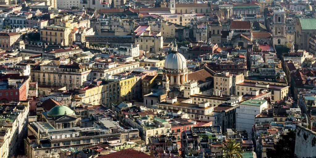 Voyager à Naples