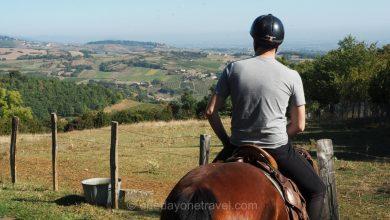 Photo of Randonnée à cheval de 2 jours dans le Beaujolais