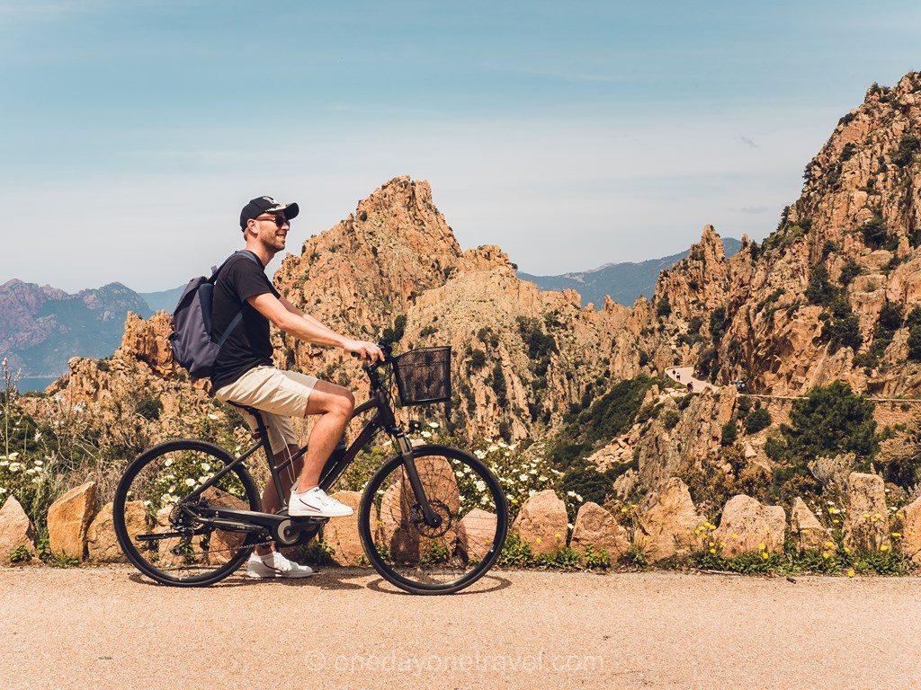 Calanques de Piana à vélo