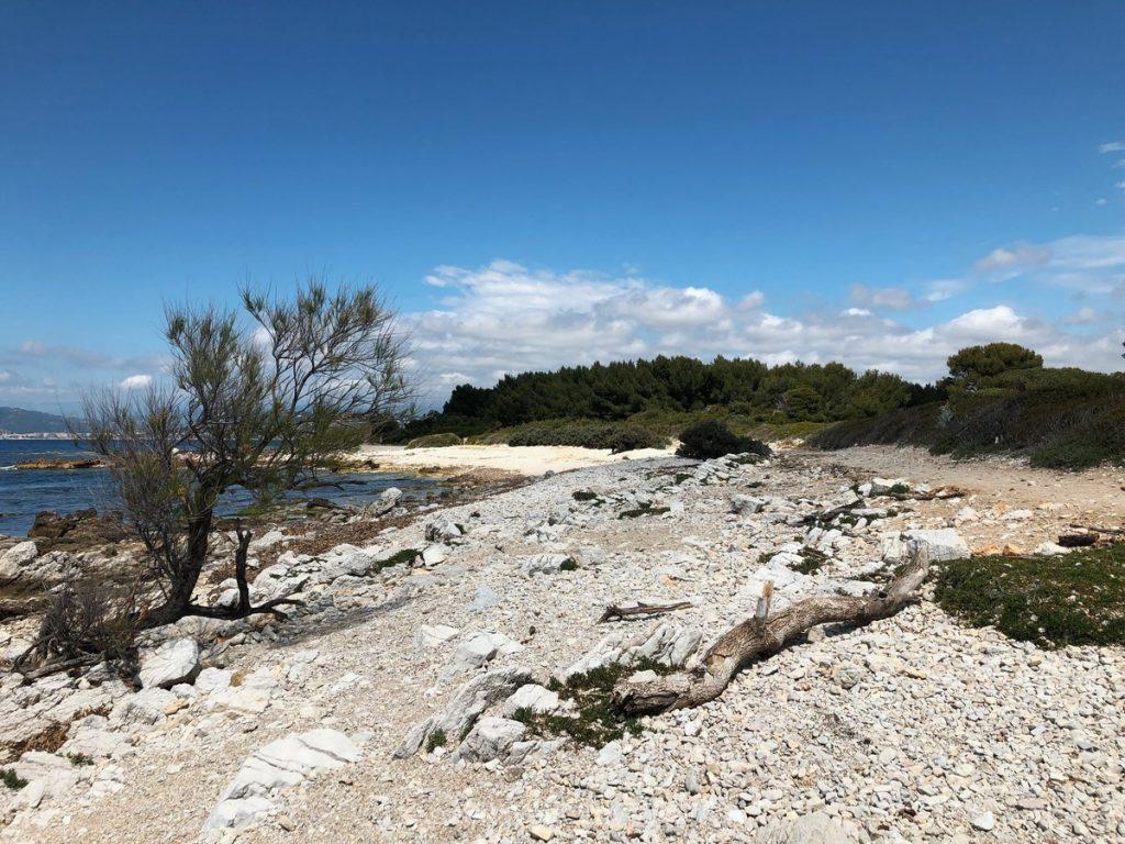 Road trip dans le sud de la France Ile Sainte Marguerite plage