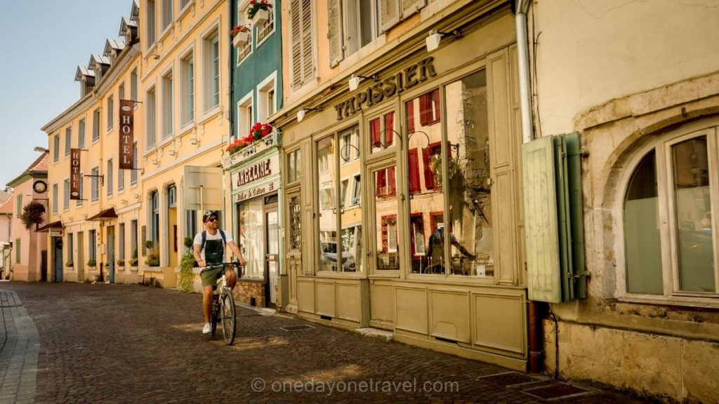 Montbéliard architecture sentier urbain rue de Belfort