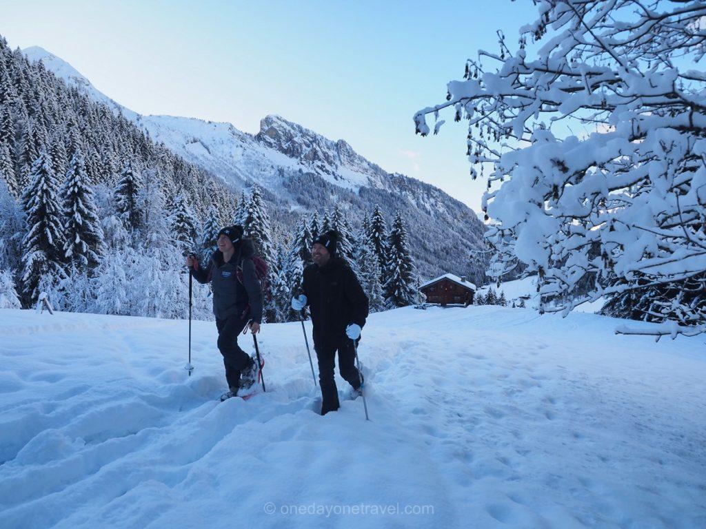 Randonnée raquettes à neige à Morzine : Activité de sport d'hiver