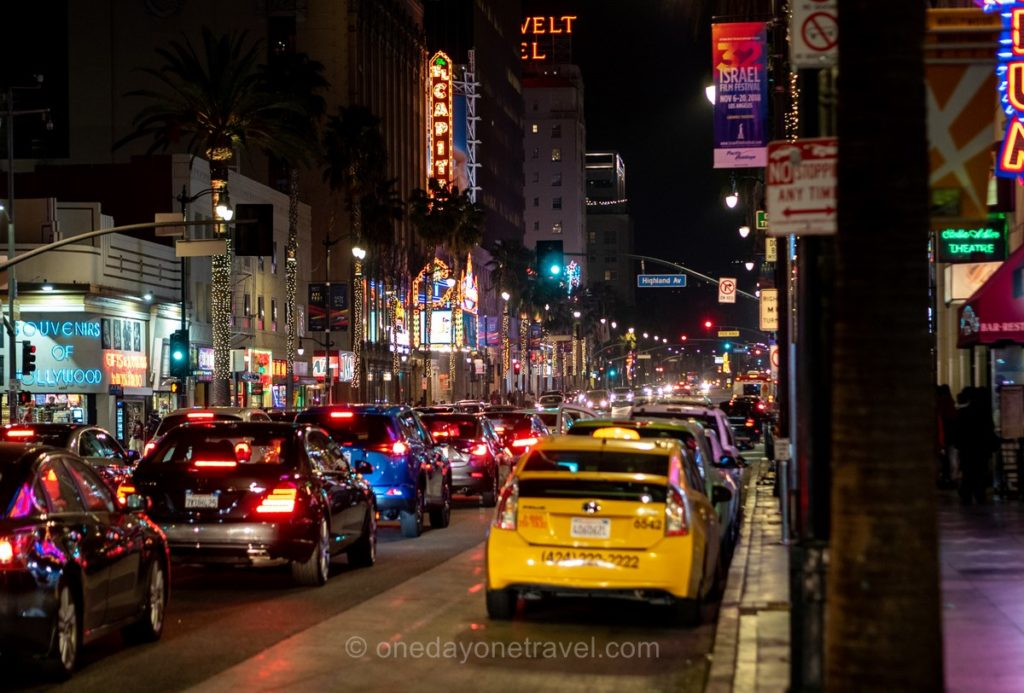 Hollywood boulevard de nuit - Visiter Los Angeles