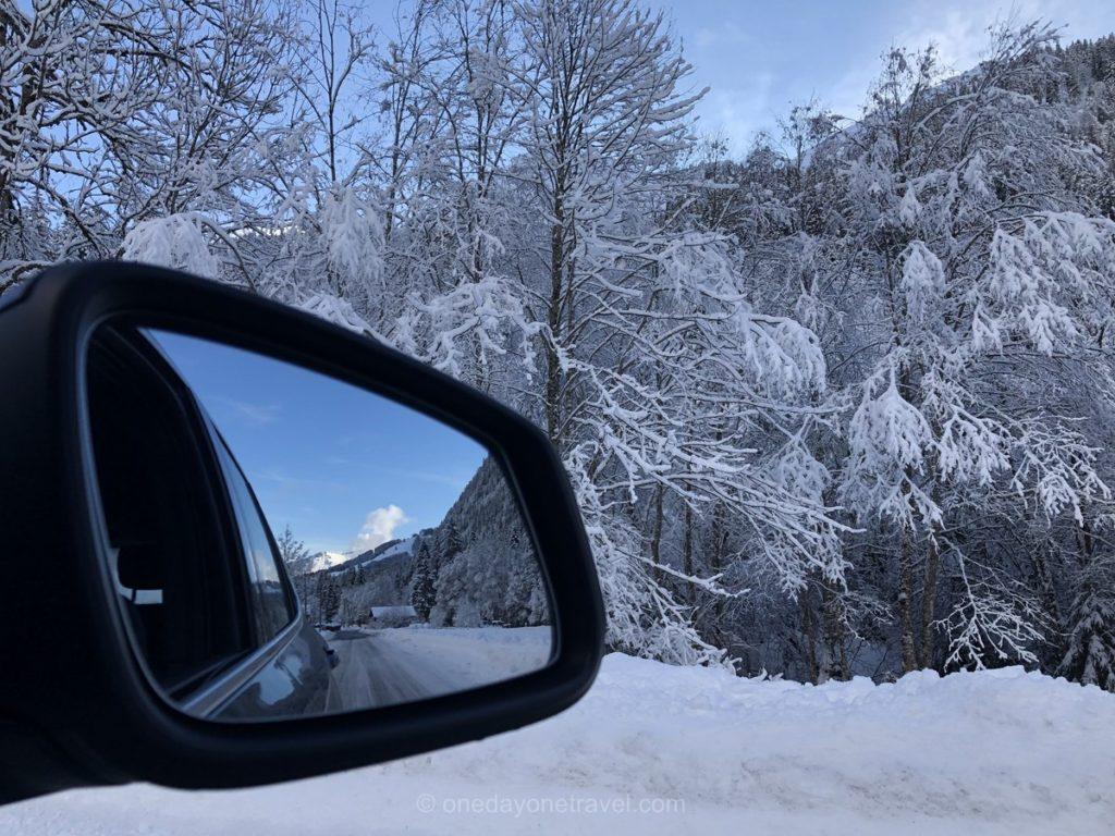 En voiture de location Sixt pour rejoindre Morzine en Haute-Savoie