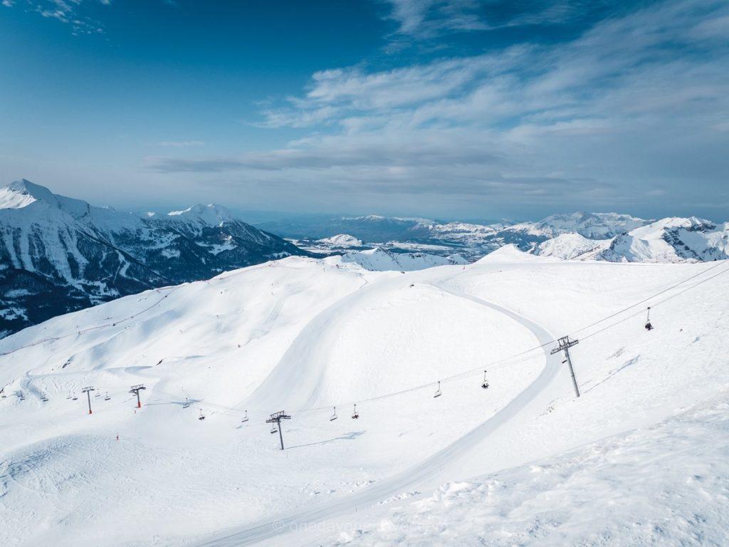 Domaine skiable de la station d'Orcières dans les Alpes du Sud
