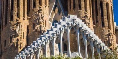 Tour de Barcelone en bus avec visite de la Sagrada Familia et du Poble Espanyol