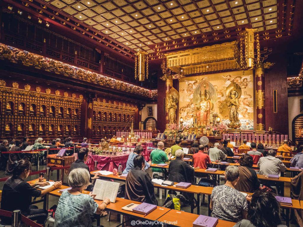 Singapour temple dent de bouddha interieur
