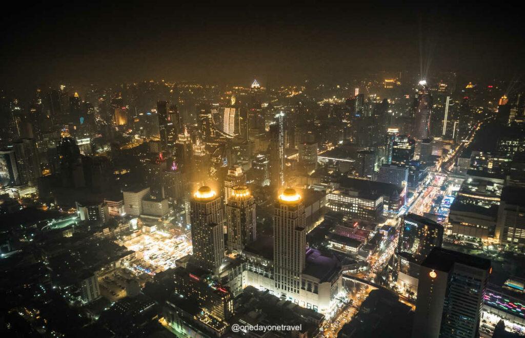 Vue depuis la Baiyoke tower de Bangkok - 5 bonnes raisons de visiter Bangkok insolite